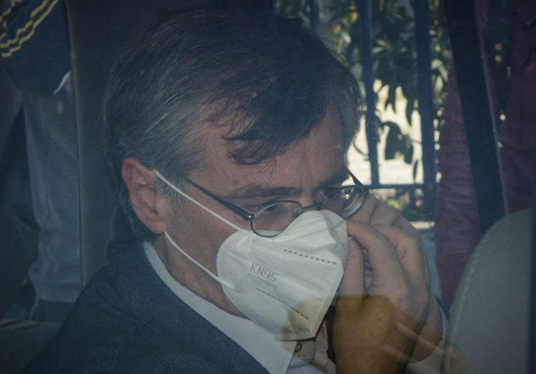 Να παραιτηθεί ο Σωτήρης Τσιόδρας γιατί τους «πετσόκοψε» όλους | tanea.gr
