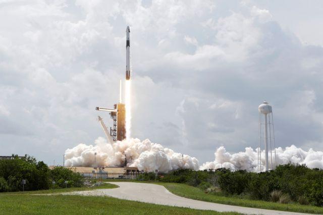 SpaceX: Στον Διεθνή Διαστημικό Σταθμό οι αστροναύτες της NASA | tanea.gr