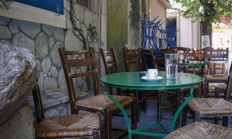 Τουρισμός : Προσεχώς μειώσεις ΦΠΑ σε καφέ, τσάι, αναψυκτικά και εισιτήρια | tanea.gr