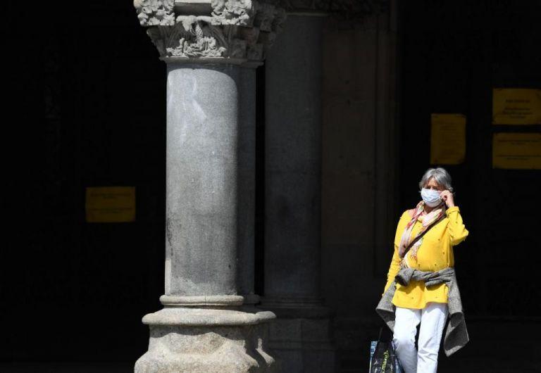 Γερμανία : 57 νεκροί και 620 κρούσματα το τελευταίο 24ωρο   tanea.gr