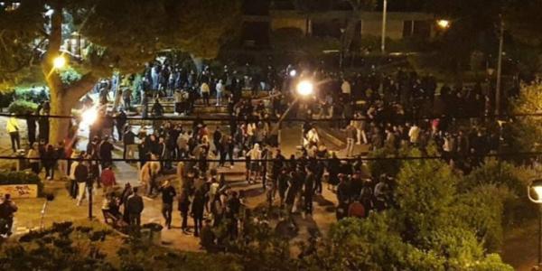 Χαρδαλιάς: Κλειστή τα βράδια η πλατεία της Αγίας Παρασκευής | tanea.gr