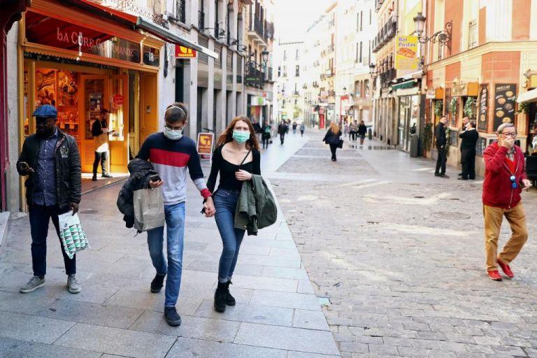 Ισπανία : Κλειστά τα σύνορα για τους περισσότερους ταξιδιώτες μέχρι τον Ιούλιο   tanea.gr