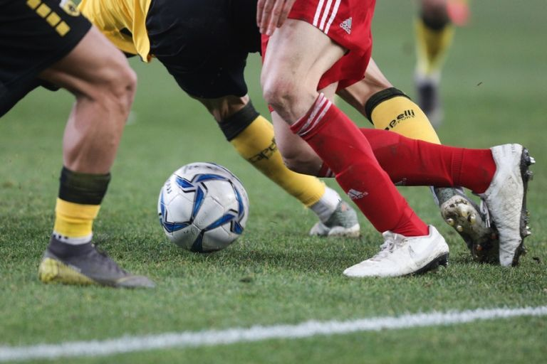 Super League: Το πλάνο για τη σέντρα και τα μέτρα για τον κοροναϊό | tanea.gr