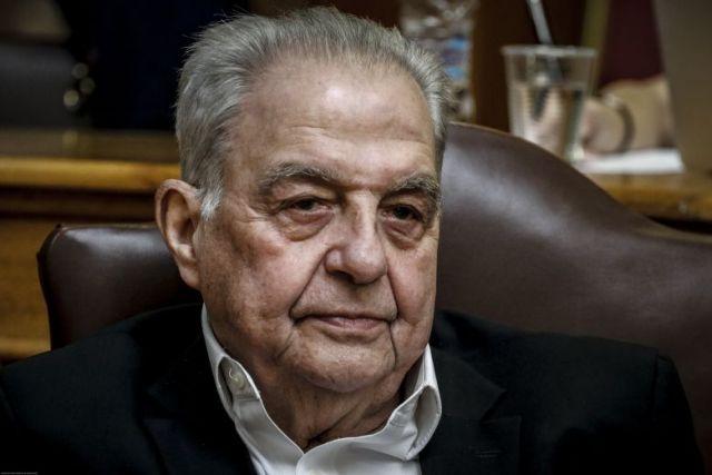 Φλαμπουράρης για συνομιλίες Παππά-Μιωνή: «Αλλο συνάντηση και άλλο διαπλοκή» | tanea.gr