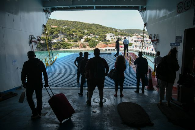 Politico: Η Ελλάδα είναι έτοιμη να υποδεχτεί τουρίστες, αυτοί θα έρθουν; | tanea.gr