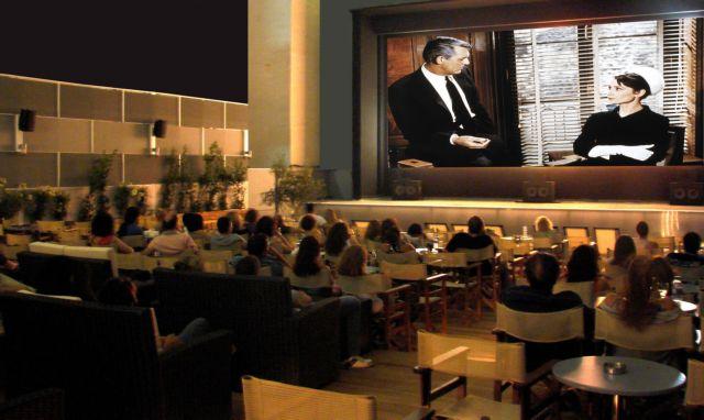Η Washington Post αποθεώνει τα ελληνικά θερινά σινεμά   tanea.gr