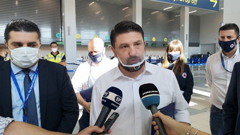 Κοροναϊός : Συνεχίζεται η επιθεώρηση του Χαρδαλιά στα περιφερειακά αεροδρόμια | tanea.gr
