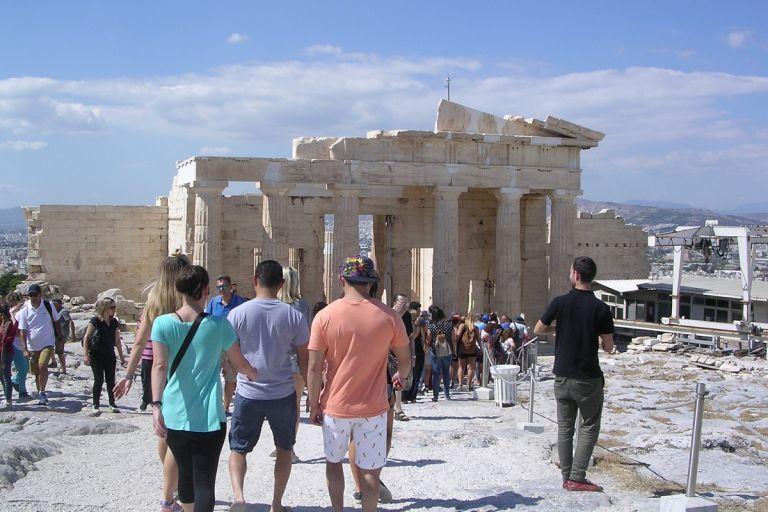 Βατόπουλος: Θα υπάρχει κίνδυνος με τους τουρίστες – Πόσο πιθανό είναι δεύτερο κύμα του ιού κατακαλόκαιρο   tanea.gr