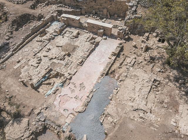 «Ξεκλειδώνουν» και πάλι οι ανασκαφές   tanea.gr