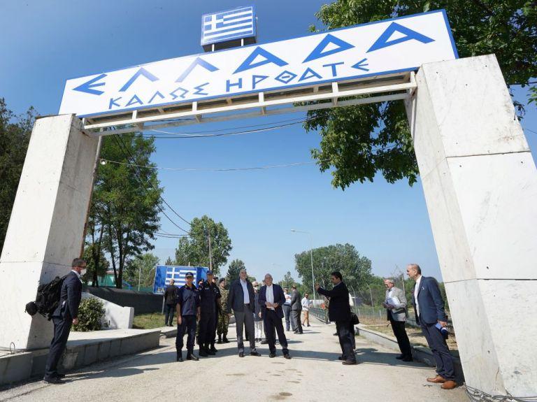 Εβρος - Ηχηρό μήνυμα σε Τουρκία από Δένδια-Μπορέλ: Τα σύνορα της Ελλάδας είναι σύνορα της ΕΕ   tanea.gr