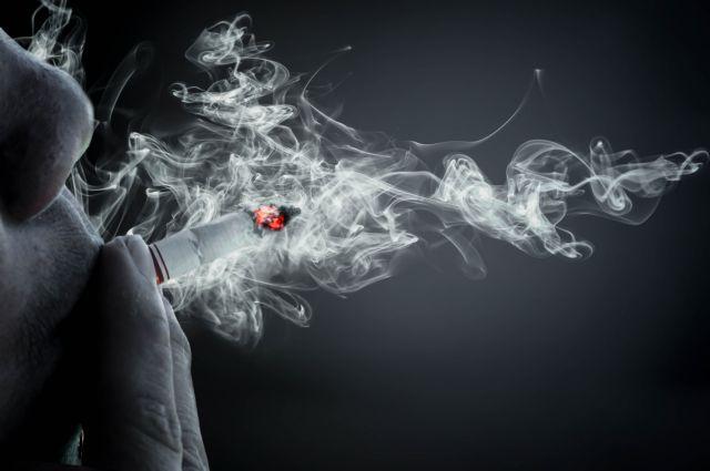 Η μοναξιά οδηγεί στο κάπνισμα και δυσκολεύει τη διακοπή του | tanea.gr