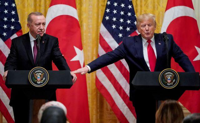 Βολές κατά Τραμπ από το CNN: Είναι μαριονέτα του Ερντογάν και του Πούτιν | tanea.gr