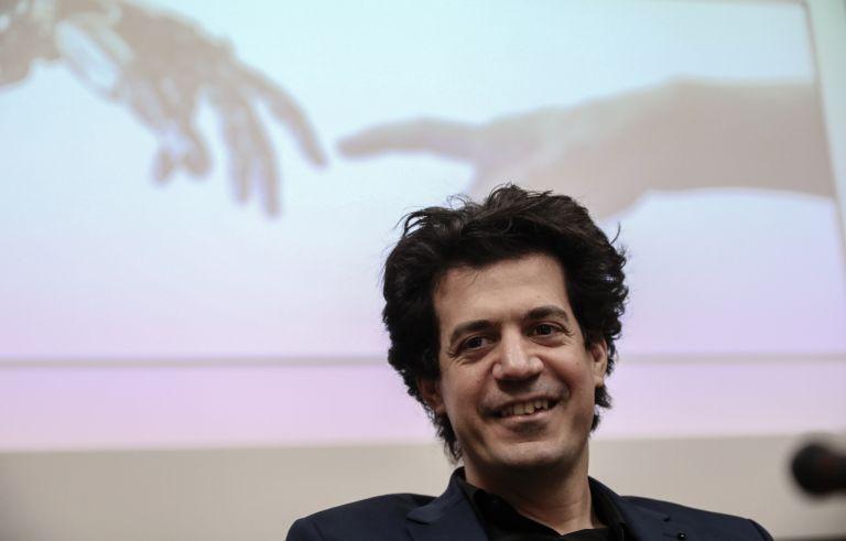 Κωνσταντίνος Δασκαλάκης: «Η έμφαση στον άνθρωπο είναι η συνεισφορά για την οποία οι Ελληνες πρέπει να είμαστε υπερήφανοι» | tanea.gr