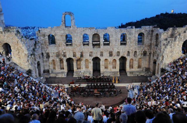 Μενδώνη: Με 75% πληρότητα όλες οι υπαίθριες εκδηλώσεις ζωντανού θεάματος   tanea.gr
