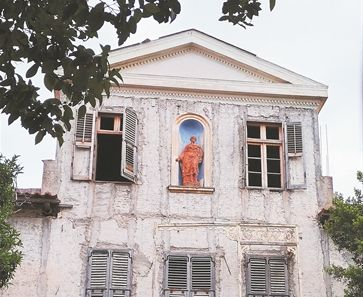 Ιστορικά σπίτια παραδομένα στην απαξίωση | tanea.gr