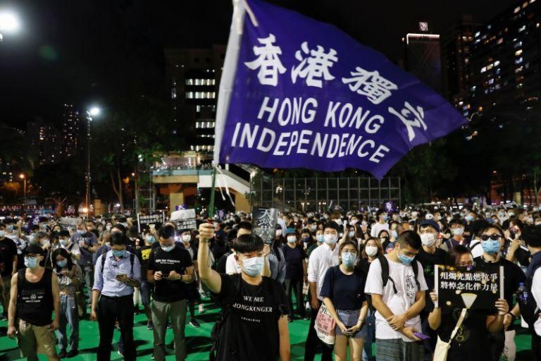 Τι σημαίνει η σύγκρουση γύρω από τις αλλαγές στο καθεστώς του Χονγκ Κονγκ | tanea.gr