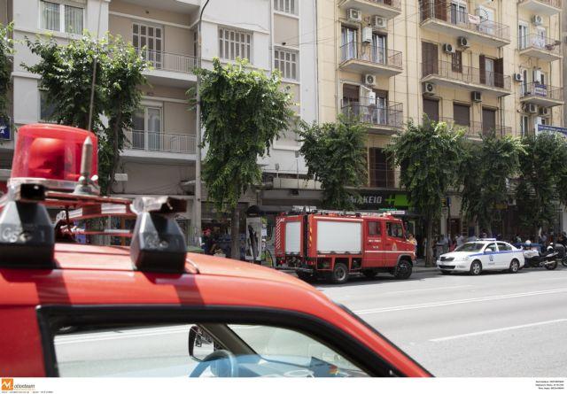 Θεσσαλονίκη: Πυρκαγιά σε διαμέρισμα στις Συκιές | tanea.gr