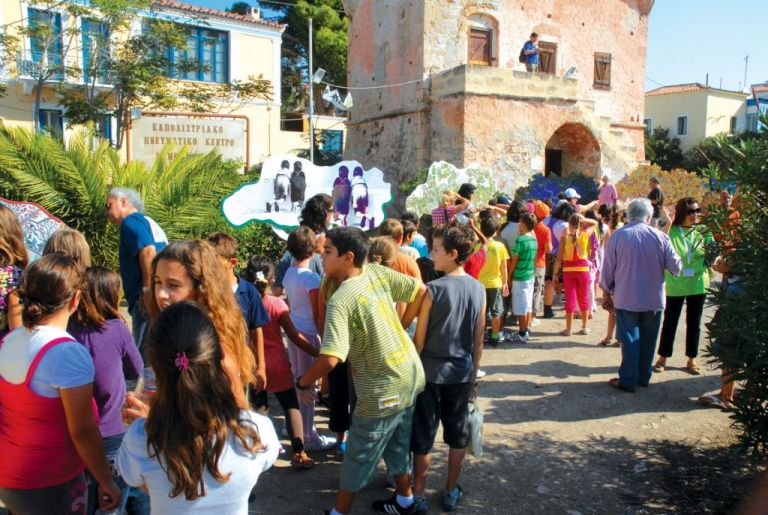 Αίγινα, 17-20/9: Ο Νίκος Πορτοκάλογλου και πολλές άλλες εκπλήξεις στη 12η Γιορτή Φιστικιού | tanea.gr