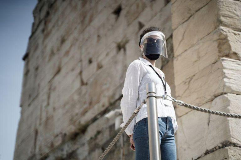Κοροναϊός: Η Ελλάδα «έσπασε το φράγμα» των 4.000 κρουσμάτων | tanea.gr