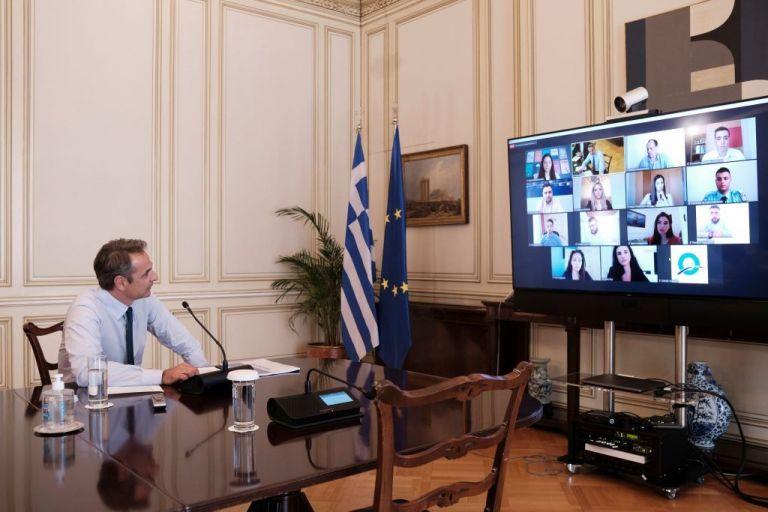 Συναγερμός στην κυβέρνηση για τα 50 κρούσματα – Έκτακτη σύσκεψη υπό τον Μητσοτάκη | tanea.gr