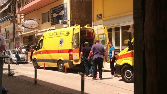 Επίθεση με τσεκούρι στη ΔΟΥ Κοζάνης: «Στρείδι» ο 45χρονος δράστης – Συγκλονιστικές αφηγήσεις αυτοπτών μαρτύρων | tanea.gr