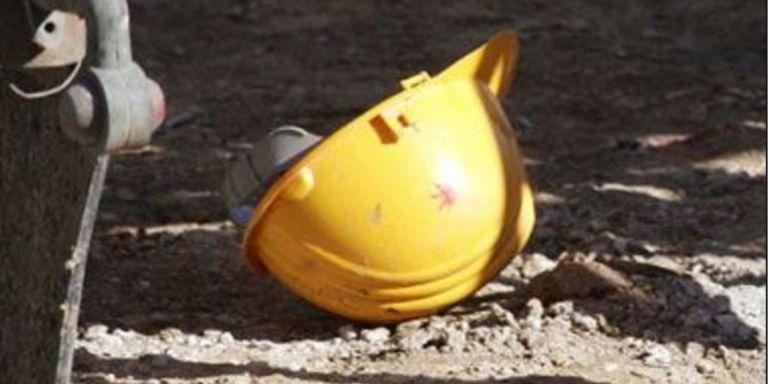Εργατικό ατύχημα στο Π. Φάληρο: Κατέρρευσε αναβατόριο οικοδομής - Δύο τραυματίες | tanea.gr