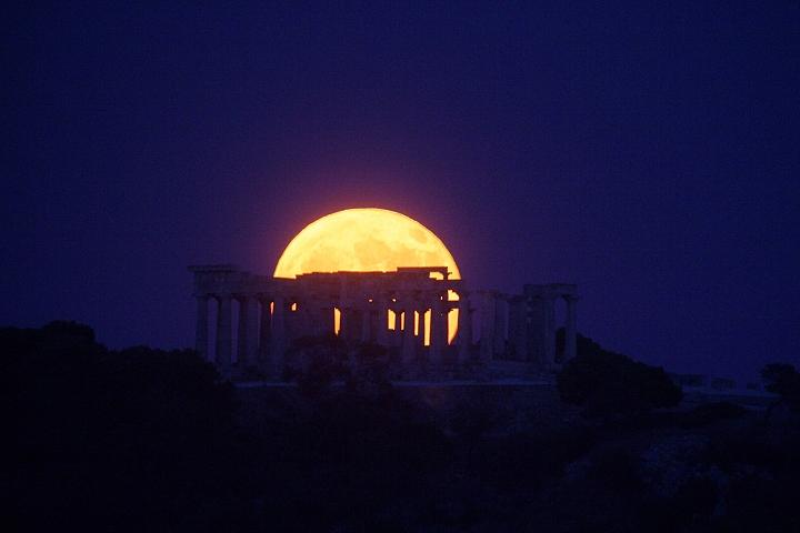 Ανοικτοί θα παραμείνουν αρχαιολογικοί χώροι και μουσεία για την αυγουστιάτικη πανσέληνο | tanea.gr