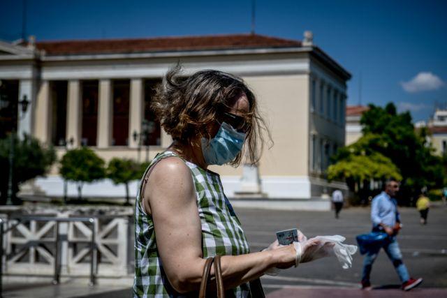 Σε ποια καταστήματα και δημόσιες υπηρεσίες επιβάλλεται η χρήση μάσκας - Τι ισχύει για υπαλλήλους και επισκέπτες  – Ποια είναι τα πρόστιμα | tanea.gr