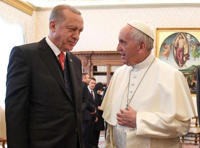 Η Άγκυρα προσκαλεί τον Πάπα να επισκεφτεί το «τζαμί της Αγίας Σοφίας»   tanea.gr