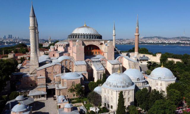 Αγιά Σοφιά: Τα βάζει με όλους ο Ερντογάν για να την κάνει τζαμί | tanea.gr