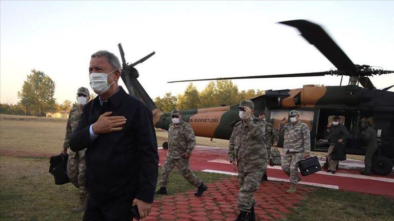 Ο Ακάρ στα σύνορα με την Ελλάδα για επιθεώρηση στρατευμάτων | tanea.gr