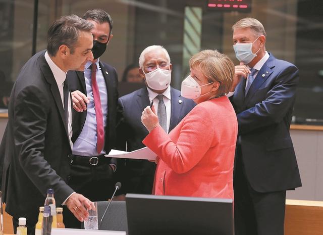 Παγώνει τις κυρώσεις η ΕΕ - Προωθεί το διάλογο η Μέρκελ   tanea.gr