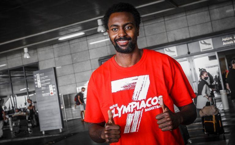 Ολυμπιακός: Στην Αθήνα ο Λιβιό Ζαν Σαρλ | tanea.gr