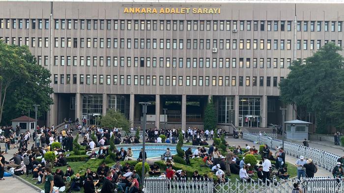 Στο στόχαστρο του Ερντογάν οι δικηγορικοί σύλλογοι | tanea.gr