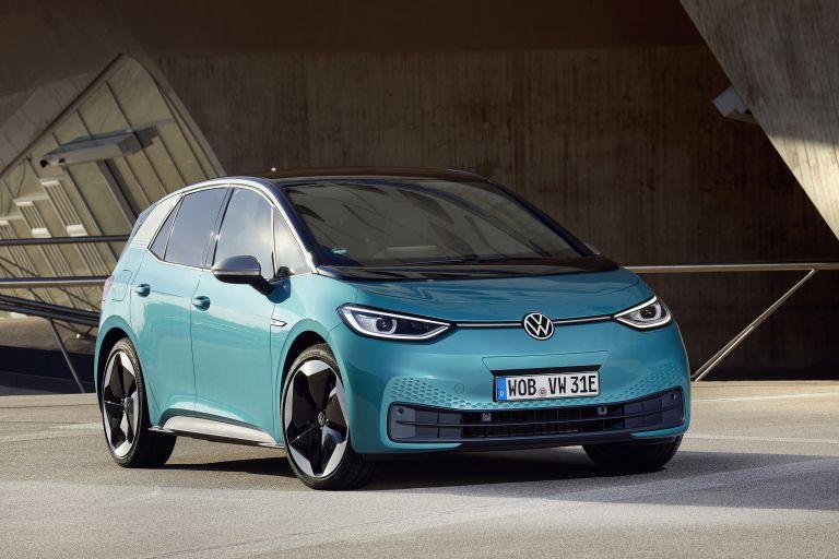 Πόσο κοστίζει στην χώρα μας το νέο ηλεκτρικό VW ID.3 | tanea.gr