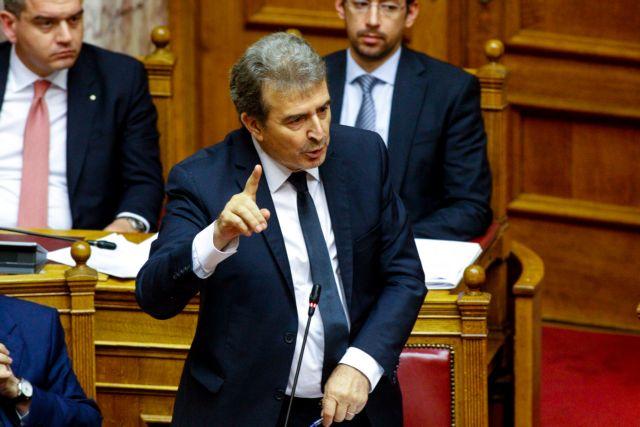 Χρυσοχοΐδης: Δεν μπορεί η αστυνομία να διαλύσει πανηγύρια – Η ευθύνη στους δήμους | tanea.gr
