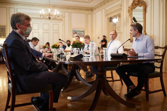 Έκτακτη σύσκεψη στο Μαξίμου για την αύξηση των κρουσμάτων κοροναϊού | tanea.gr