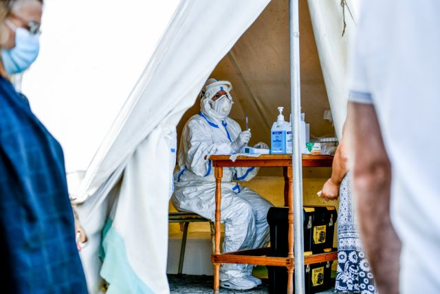 Οι ειδικοί φοβούνται «έκρηξη» κρουσμάτων - Εισηγήσεις για νέα μέτρα | tanea.gr
