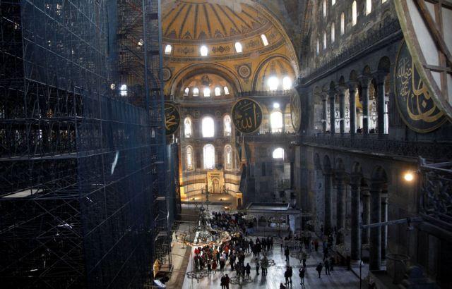 Προκλητική ανάρτηση τούρκου ιστορικού για την Αγία Σοφία: «Θα υπάρχουν πόρνες στο τζαμί;»   tanea.gr