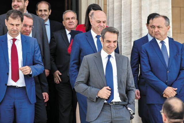 Δημοσκοπήσεις: Χωρίς αντίπαλο ΝΔ και Μητσοτάκης | tanea.gr