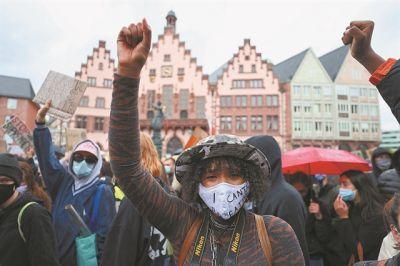 Γερμανία: Σκιές ρατσισμού στην αστυνομία   tanea.gr