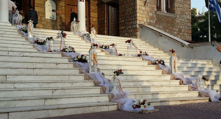 Τσακρής: Σκέψη για χρήση μάσκας στις εκκλησίες – Ιδιαίτερη προσοχή απαιτείται σε γάμους και βαφτίσεις | tanea.gr
