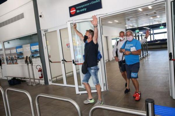Η Ελλάδα υποδέχτηκε τους πρώτους τουρίστες – Οι ελπίδες, οι φόβοι και τα πρωτόκολλα προστασίας   tanea.gr