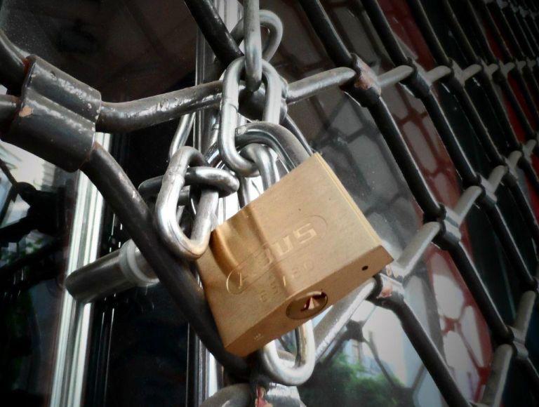 Ποιες επιχειρήσεις παραμένουν κλειστές έως τις 26 Ιουλίου | tanea.gr