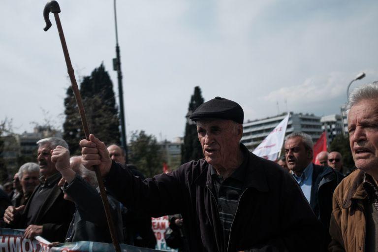 Μητσοτάκης: Εφάπαξ σε όλους τους συνταξιούχους και αναδρομικά   tanea.gr