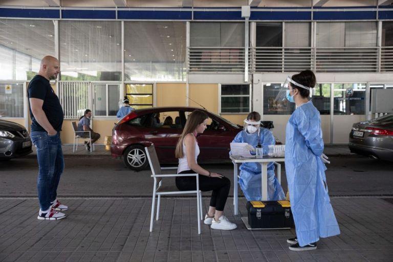 Κοροναϊός : Έντονος προβληματισμός για τα εισαγόμενα και τα ορφανά κρούσματα | tanea.gr
