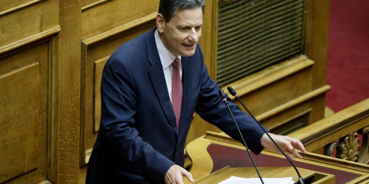Σκυλακάκης στο MEGA: Διανύουμε τη μεγαλύτερη ύφεση μετά το Β' Παγκόσμιο Πόλεμο | tanea.gr