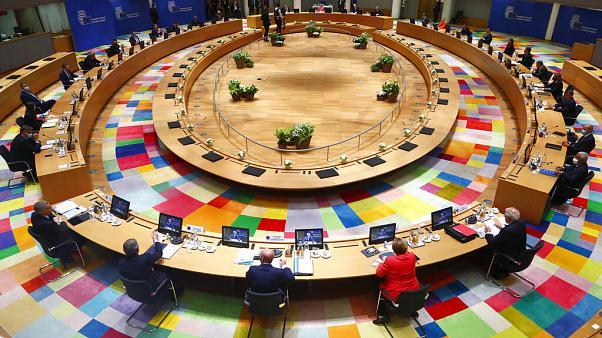 Σύνοδος Κορυφής: Δύσκολες διαπραγματεύσεις, διάλειμμα για παρασκηνιακές διαβουλεύσεις | tanea.gr