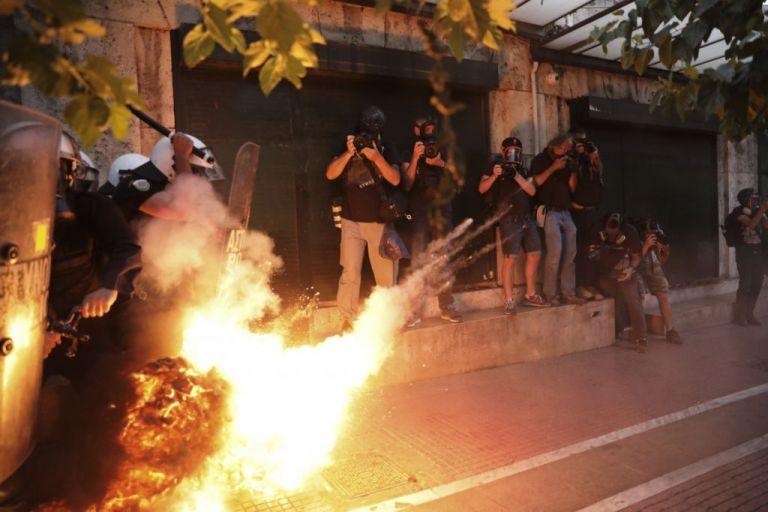 Τι αναφέρει η έκθεση της ΕΛ.ΑΣ για τα επεισόδια στο Σύνταγμα | tanea.gr