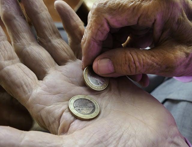 Συντάξεις : Πότε θα πληρωθούν αναδρομικά 8 μηνών από τις αυξήσεις | tanea.gr